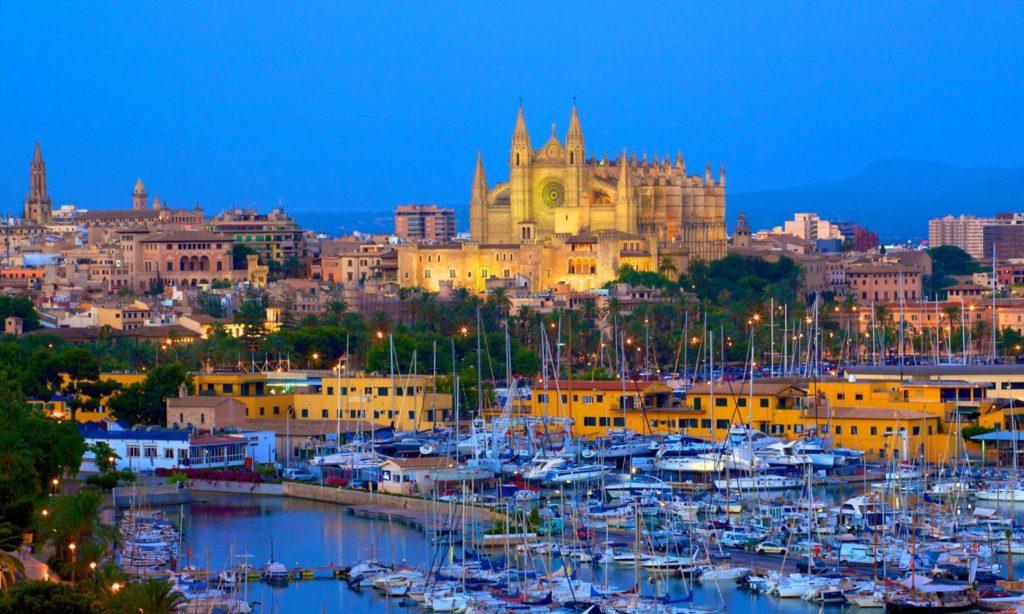 Palma, en algunos casos aludida como Palma de Mallorca