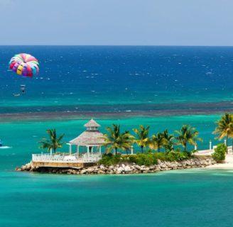 Jamaica: historia, capital, clima, turismo, playas, idioma, bandera y más