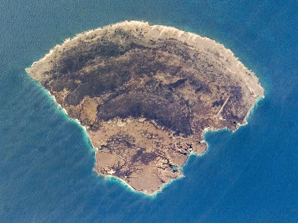 6. Isla La Blanquilla
