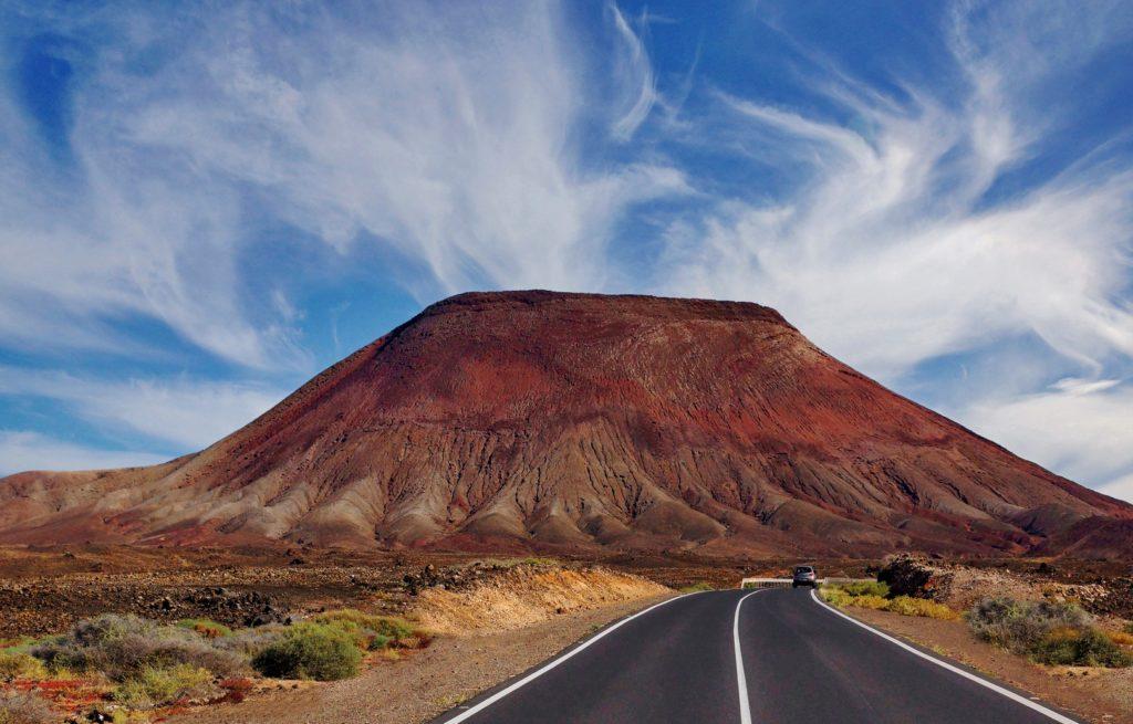 Volcanes de Fuerteventura (calderilla roja)