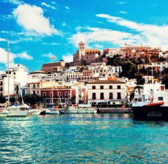 Ibiza: historia, ubicación, clima, lugares turísticos, playas, zonas y más